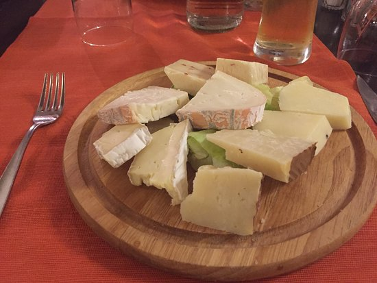 Lops Beer & Restaurant: Degustazione di formaggi