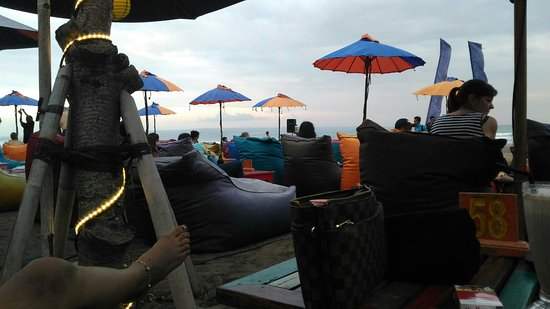 Blue 9 Beach Bar and Restaurant: LOVE IT , BRO !!!