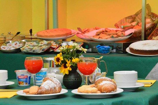Albergo Martini: Prima colazione
