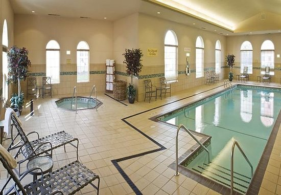 Residence Inn Kansas City Airport: Indoor Pool