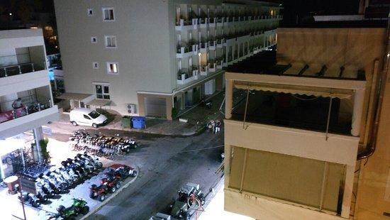 Hotel Yiorgos: IMG_20160730_230714_large.jpg
