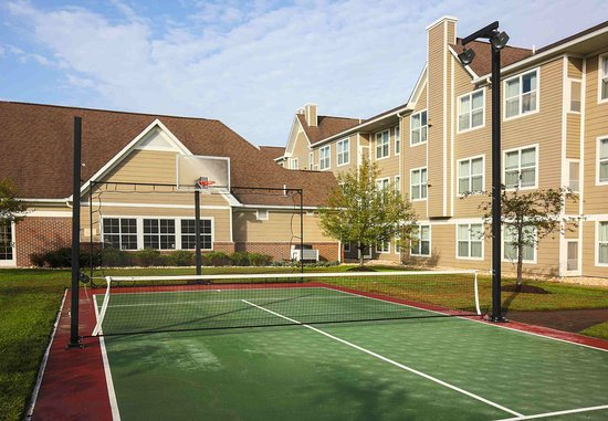 Residence Inn Deptford: Sport Court®
