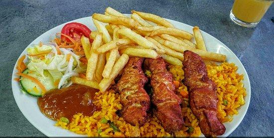 Georges Seafront Restaurant : Chicken Kebabs