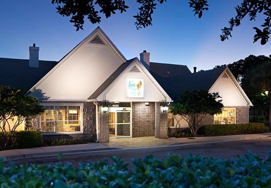 The Inn at Mayo Clinic: Exterior