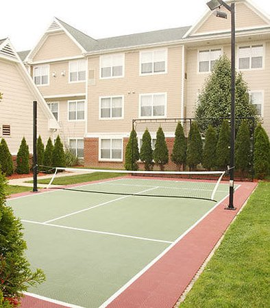 Residence Inn Holland: SportCourt