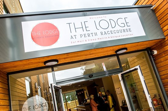 ‪The Lodge At Perth Racecourse‬