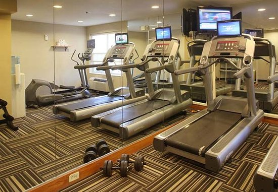 TownePlace Suites Cleveland Streetsboro: Fitness Center