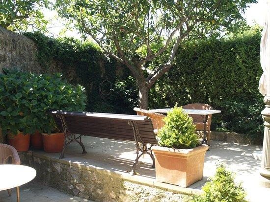 Hotel Palacio de la Pena : Tranquilidad,terraza privada de una habitación doble.