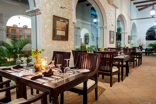 Tamarind Hill by Asia Leisure: The colonial Restaurent