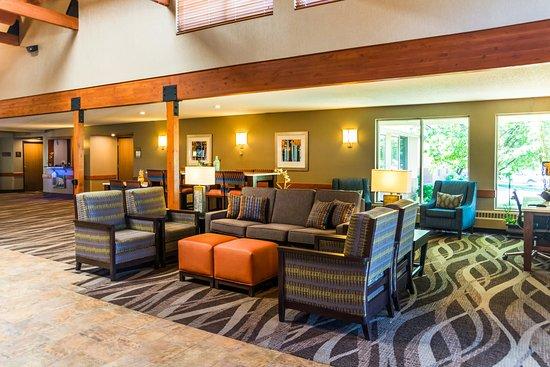 Comfort Inn West: Lobby