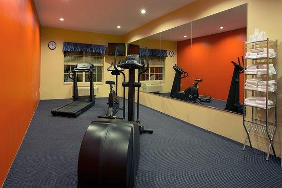 كنتري إن آند سويتس باي كارلسون راوندروك: CountryInn&Suites RoundRock  FitnessRoom