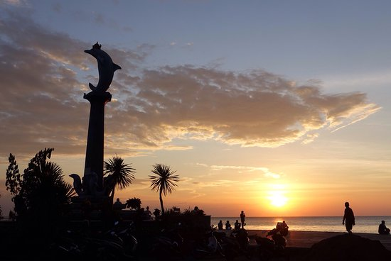 Banjar, Indonesien: Maybe the best location for sunset in Lovina