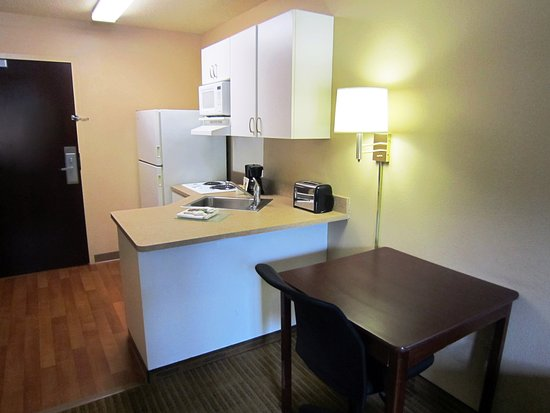 Extended Stay America - New Orleans - Kenner: Fully-Equipped Kitchens