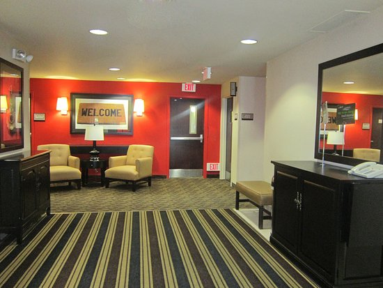 Extended Stay America - Seattle - Bothell - West: Lobby and Guest Check-in