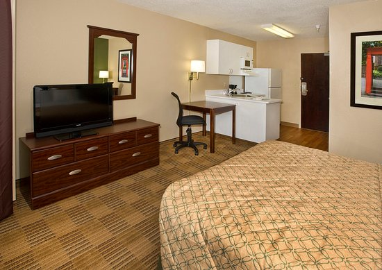 Extended Stay America - Secaucus - Meadowlands: Studio Suite - 1 Queen Bed