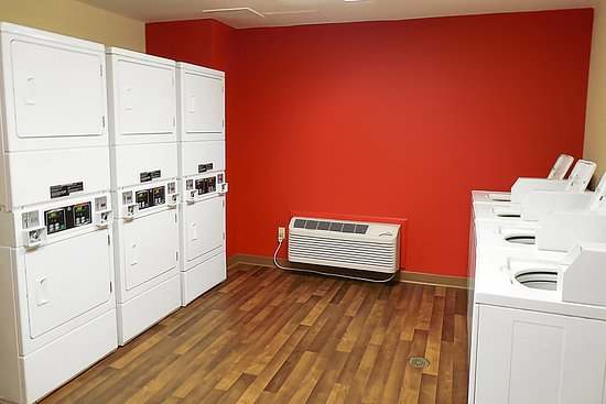 East Providence, RI: On-Premise Guest Laundry