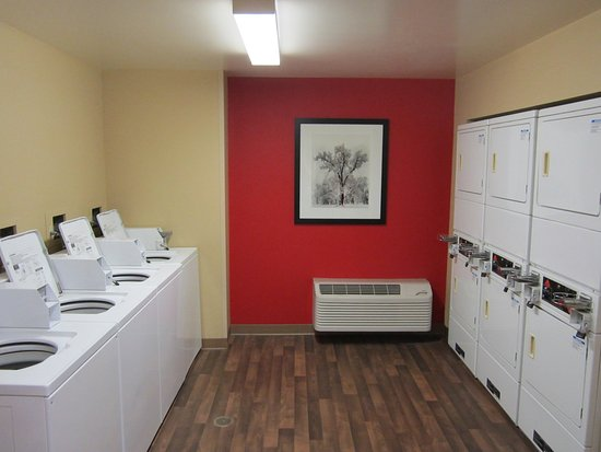 Yorba Linda, CA: On-Premise Guest Laundry