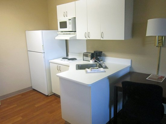 Extended Stay America - Sacramento - Arden Way: Fully-Equipped Kitchens
