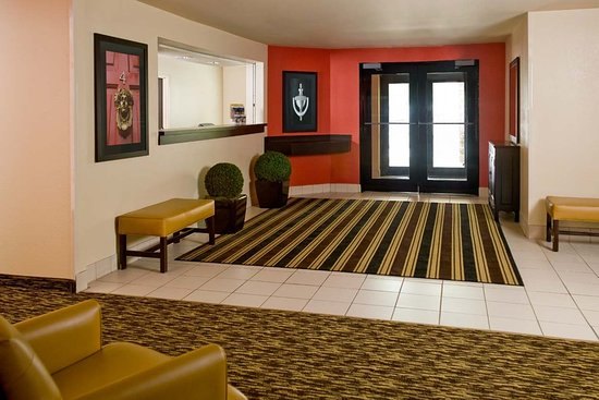 Carnegie, Pensylwania: Lobby and Guest Check-in