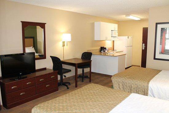 Carnegie, Пенсильвания: Studio Suite - 2 Double Beds