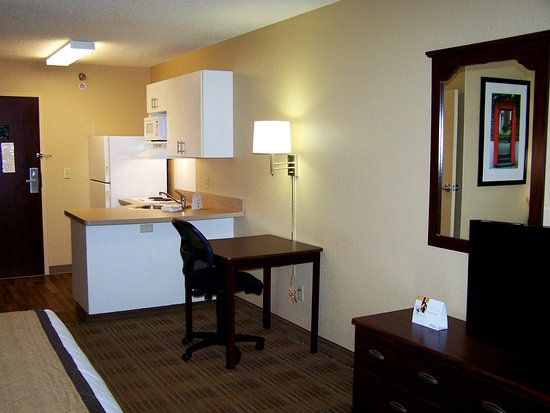 Extended Stay America - Minneapolis - Eden Prairie - Valley View Road : Studio Suite - 1 Queen Bed
