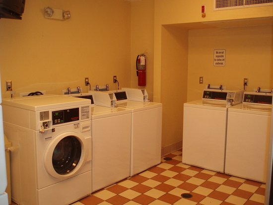 Extended Stay America - Jacksonville - Baymeadows: On-Premise Guest Laundry