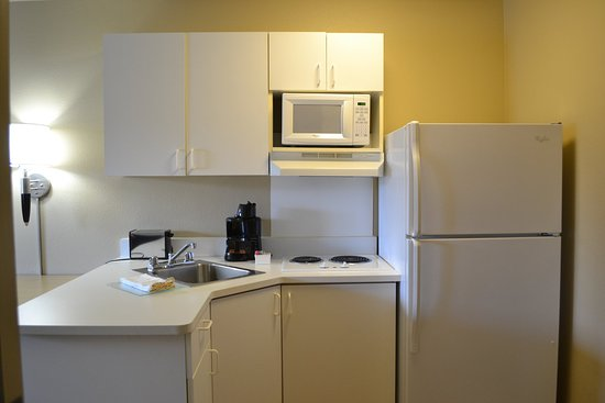 Extended Stay America - Colorado Springs - West: Fully-Equipped Kitchens