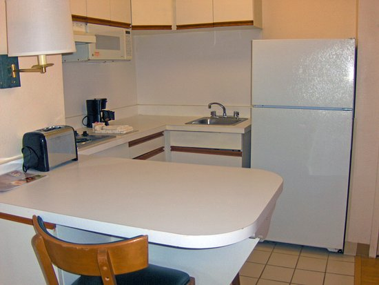 Extended Stay America - Atlanta - Marietta - Powers Ferry Rd.: Fully-Equipped Kitchens
