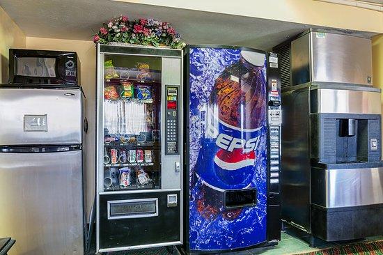 Lansing, KS: Vending