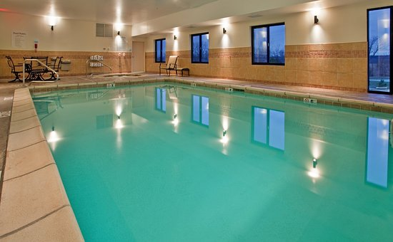 Holiday Inn Express & Suites Rolla: Swimming Pool