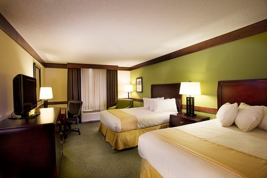 Athens, GA: Two Bed Guest Room North Tower Non-Smoking