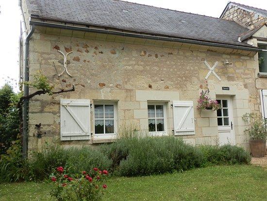 Meigne, France : chambre hôtes