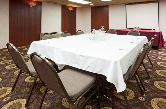 Alexandria, Миннесота: Boardroom
