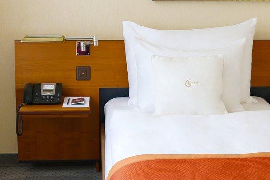 Hotel Glaernischhof: Room