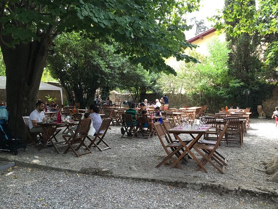 Picture of le jardin d 39 ete carcassonne for Le jardin carcassonne