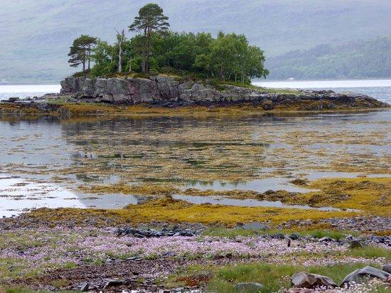 The Torridon Inn: Loch Torridon