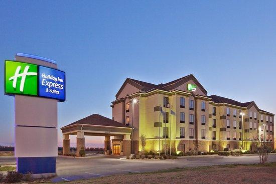 Holiday Inn Express Shawnee I-40