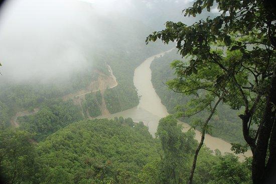 Sinclairs Darjeeling: Where Lover's Meet - meeting point of two reivers - Rangeet and Teesta