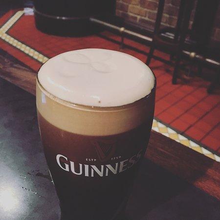 Lansdowne Road Irish Tavern: photo1.jpg