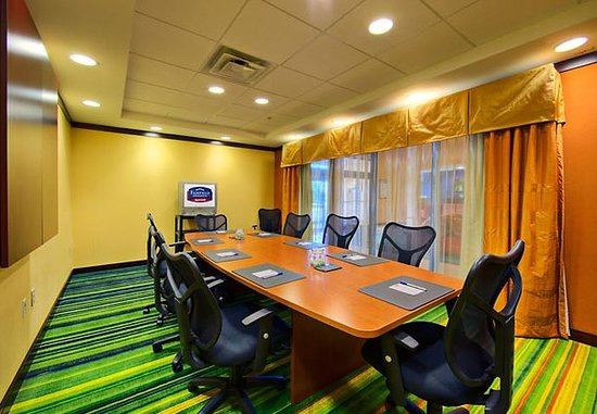 Fairfield Inn & Suites Anniston Oxford: Boardroom