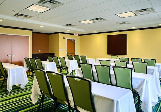 Fairfield Inn & Suites Anniston Oxford: Meeting Room