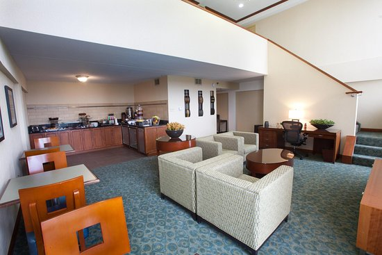 Irving, TX: Executive Level Lounge