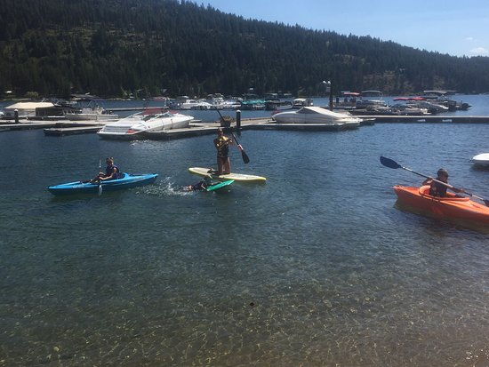 A Day at the Lake: Family Fun