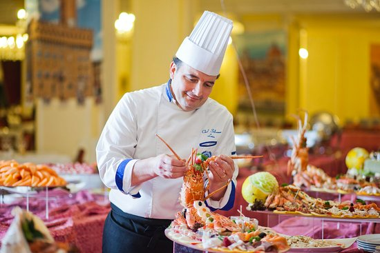 Grand Hotel Trieste & Victoria: Restaurant at Grand Hotel Terme Trieste & Victoria