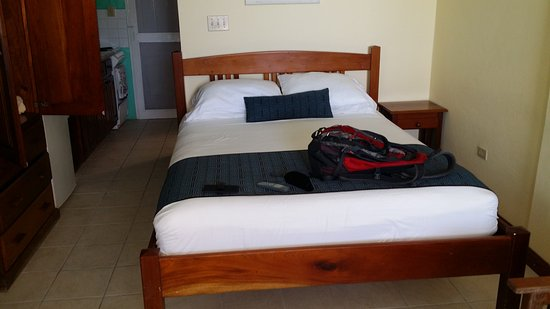 Caye Caulker Condos: Excellent room with all amenities