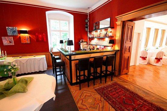 Hotel Schloss Burgellern: Burgellern Castle - Bar