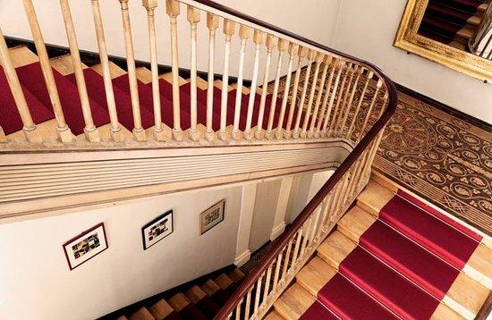 Hotel Schloss Burgellern: Lobby