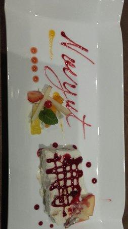 Fort-du-Plasne, Francia: Restaurant et hôtel