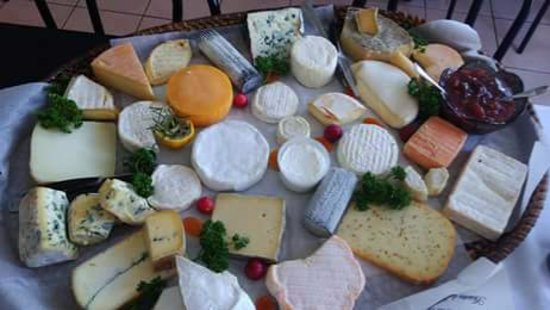 Saint-Romain, Francia: Small cheeseboard