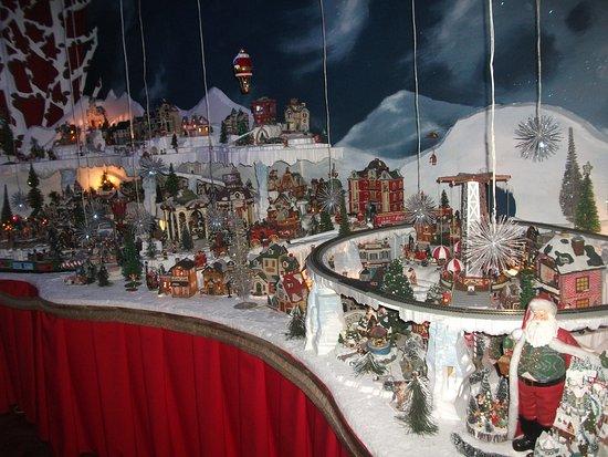 Christmas Villages.Minature Christmas Villages Picture Of Casa Santa Museum